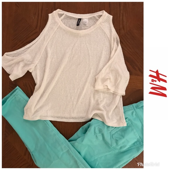 H&M Tops - Sheer Knit Cold Shoulder Knit Crop Top